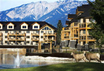 Relaxing Resort Retreat - Swim Golf Or Ski 3 Bedroom Property at Bighorn Meadows