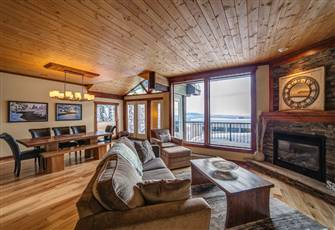 Luxury Chalet near Village - Ski in & out, Sleeps 12