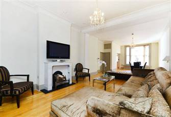 Luxury Tastefully Suites Apartment in Kesington, Chelsea, London