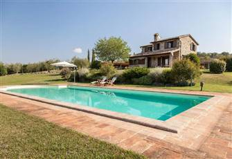 Charming Traditional Stone Villa with Swimming Pool in the Heart of Umbrian