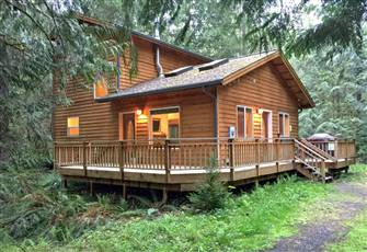 It`S Time to Get Away to this, Newer 2 Bedroom Cabin that is Pet Friendly!