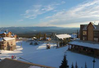 Two Bedroom Condo with all the Luxury Needed for your Ski Vacation