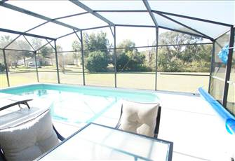 4 Br Villa near Disneyworld with Soutwest-Facing Pool