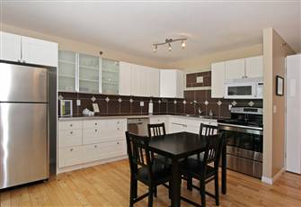 Spacious Downtown Canmore Condo with Everything You'll Need for your Vacation!