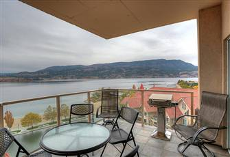 Stunning Lake 11th Floor Lake Views in Downtown Kelowna