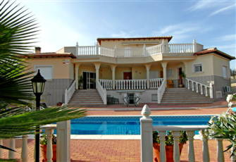 Well Accomodated Villa, Private Pool, 4 Bedrooms/Bathrooms, near Murcia.
