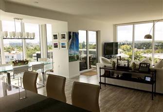 Sunny Apartment for Rent in Bal Harbour