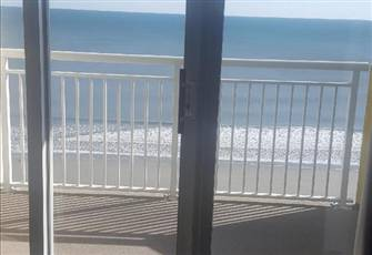 Oceanfront Condo - Beautiful Balcony Views and Lots of Amenities to Enjoy!