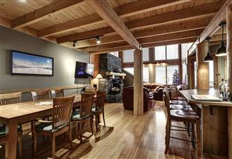Sleeps 12 Ski in/out 3