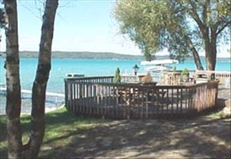 Cedar Shores At Torch Lake Cottage And Cabin Accommodations