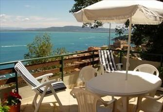 Villa with spectacular view of the sea 3 floors, 4 bedrooms, 3 bathrooms....