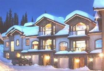 Luxurious Ski-in/Ski-out Townhouse