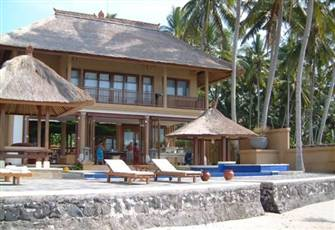Stunning Family Ocean-Front Villa with Private Pool - from Only Gbp 210/Night
