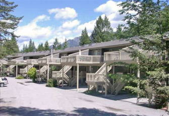 Radium Resort -1 Br. Condo on Golf Course.Swim Passes to Radium Hot Springs-Wifi