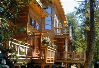 Oceanfront Lodge Suite: Stunning Views of Ocean, on Vancouver Island