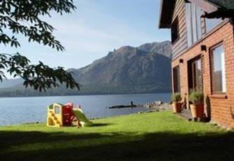 Lake Front Home Minutes from Southern Hemisphere's Best Ski Fields and Hiking