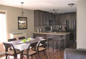 Mountain Style 2 Bedroom 2 Bathroom Condo in Radium