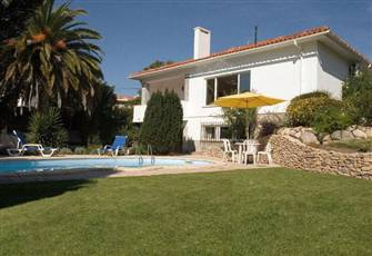 Private Heated Pool, Amazing Views, 5km to Beaches and Sights, Near Restaurants
