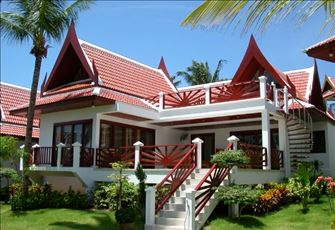 Beachfront Villa-Only about 15m Away from the Beach