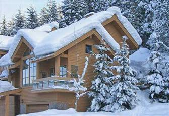 Ski Access Beautiful 4 Bedroom Home; Walk to Village. Sleeps 10