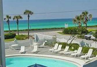 Gulf Front Condo, Beautiful Ocean Views, Pool, Beach and Dining all within Mins