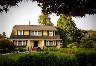 Award-Winning Dutch Colonial Heritage Home