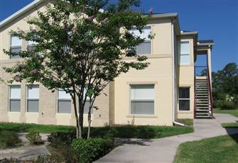 3 Bedroom 2 Bathroom Handicapped Access Condo Just Outside Disney