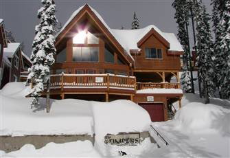 Chalet in Snow Pine Estates at Big White