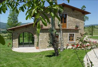 Lovely Three Bedroom Detached Cottage in Casentino