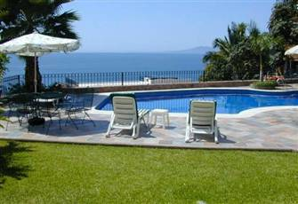 Great Two Bedroom Condo and Bath---your Home in Puerto Vallarta