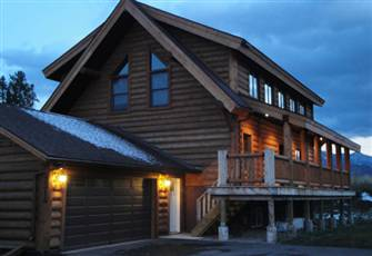 Best Rates for Brand New 5 Bedroom Log Home