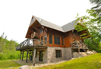 Mont Tremblant Luxury Log Cabin