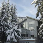 Ski Whistler. Non Smoking Fully Equipped Kitchens, Free Wifi, Free Parking, Cable Tv, Excellent Skiing from November to June!