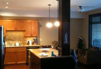 Executive Luxury Condo- Sleeps 8, Best Ski in/Ski out at Big White