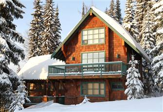 Closest Chalet to Village. Family Oriented. Easy Access to Lifts and X-C Trails