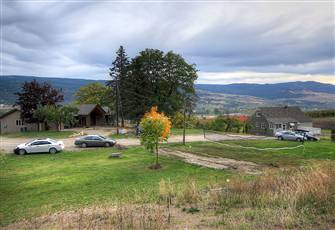 4 Bedroom Farmhouse on Acreage in Kelowna
