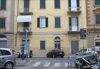Convenient to All Amenities in La Spezia Town Center