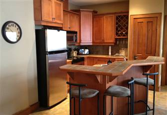 Upscale 3 Bedroom Sleeps 9