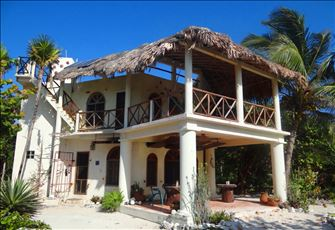 Charming Ocean-Front Villa on Extra Wide Beach. Coral Reef in Swimming Distance!