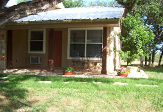 Welcome to our Guesthouse Cottage near Lake Travis!