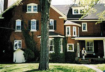 Doylestown Lodgings, Beautiful Victorian, Walk Anywhere,
