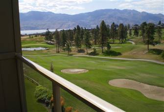 Beautiful Top Floor Condo with Lake and Golf Views