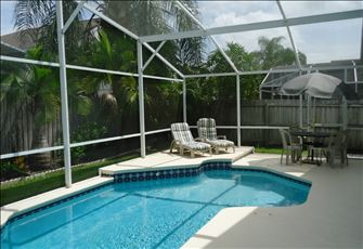 Family 5br Pool Villa W/ Fenced in Back Yard for your Privacy, Close to Parks