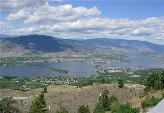 Osoyoos, BC - Beach Front 2 Bedroom Condos - Great Snowbird Destination!!