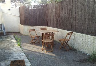 La Ciotat. Calm Property, near the Beach