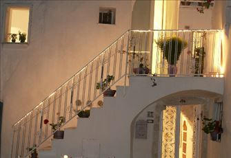 A Wonderful Ancient Suite for a Couple in the Historic Center of Cisternino