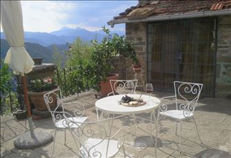 Apartment in Charming Village near Bagni Di Lucca