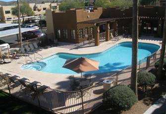 2 Bedroom 2 Bath Spacious 3rd Floor Apt. Overlooking Pool