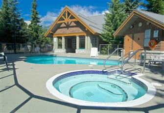 Glaciers Reach - Huge New Private Hot Tub - Pool - Bbq - Wifi - Sleeps 6 -