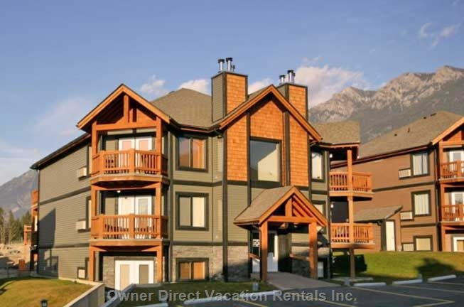Alpine style condo in Radium Hot Springs